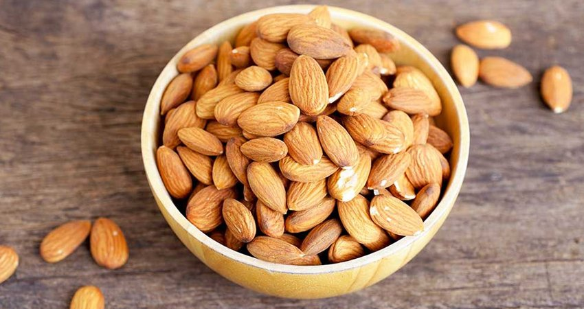 Almonds should be eaten raw or dry-roasted.