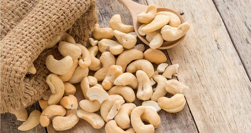What are the benefits of cashew nuts during pregnancy?