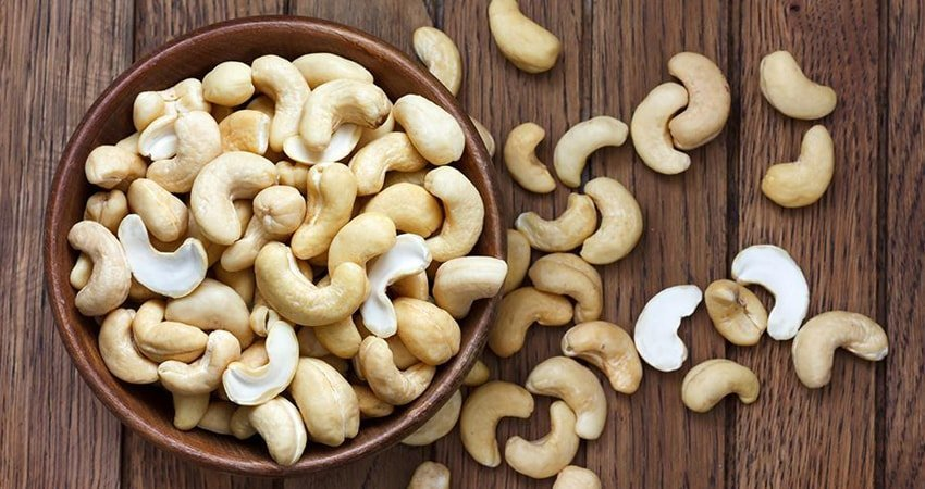 Why is it better to choose organic cashews?