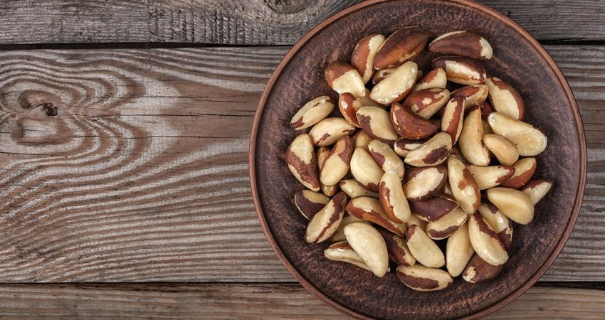 How to Roast Brazil Nuts in an Oven