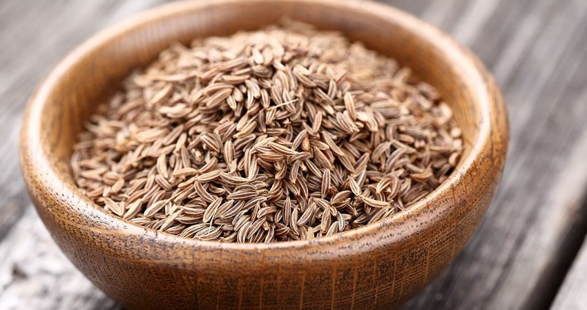 Tips on How to Use Caraway Seeds in Cooking