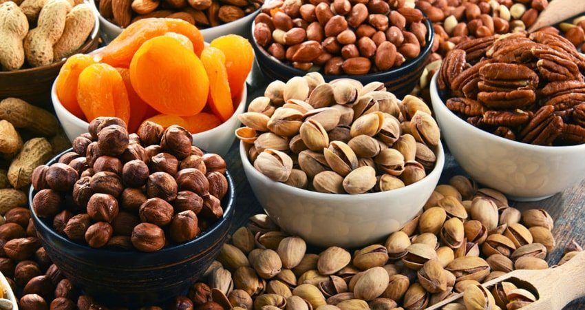 Should You Eat Raw or Pasteurized Nuts?