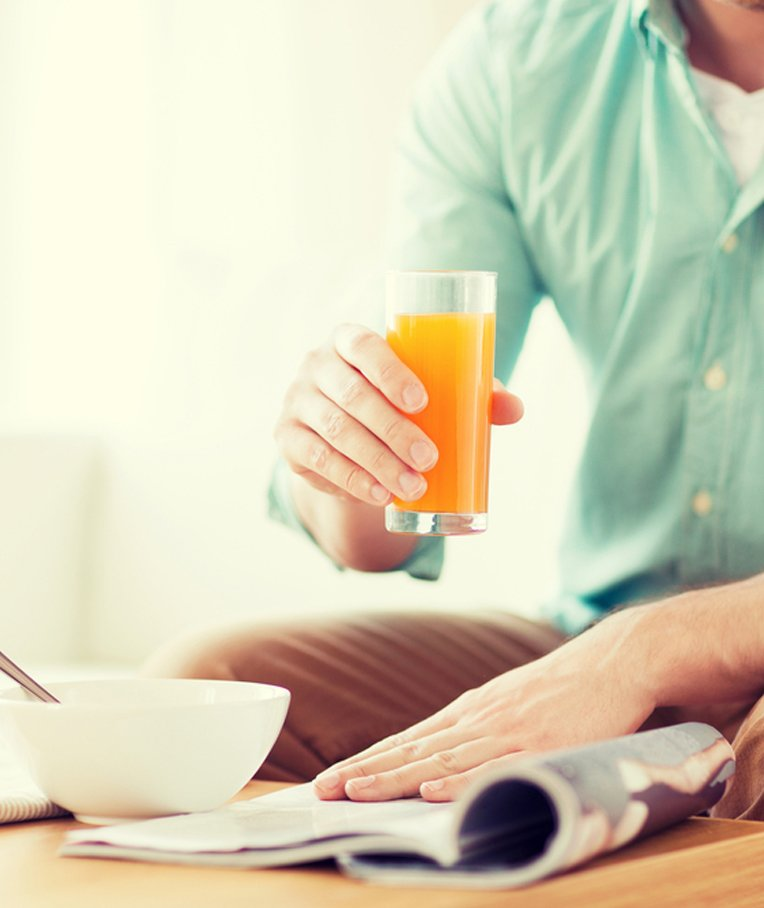 Is Orange Juice in the Morning Really Healthy?