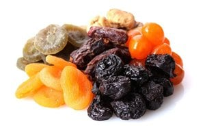 Benefits of Eating Dried Fruits and Nuts During Pregnancy