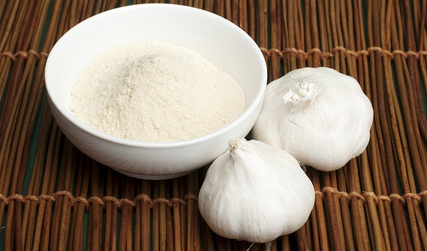 Garlic Powder Vs. Fresh Garlic: How Do They Compare?