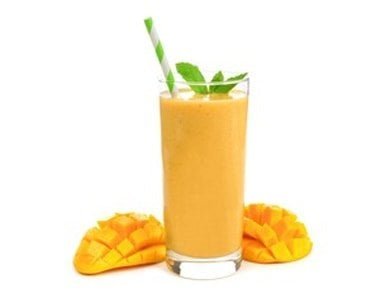 """""""Rise-N-Shine"""" smoothie with Chia, Mango and Golden Berries"""