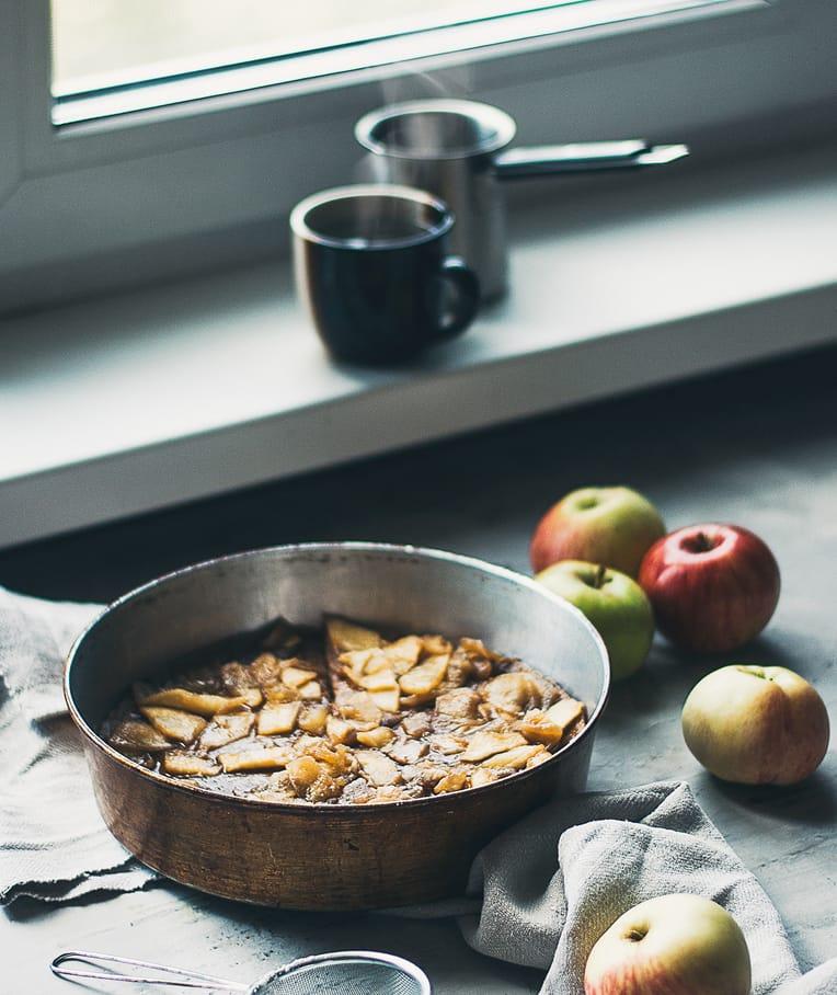 Vegan Dutch Baby with Caramelised Apples - Healthy Blog