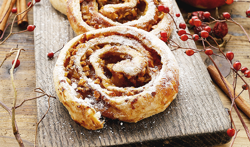 Baked Apple Cinnamon Rolls
