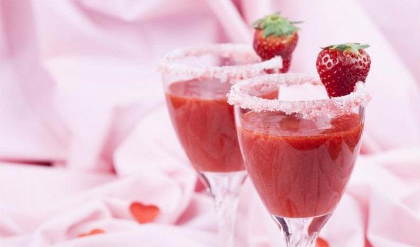 Valentine's fruity smoothie