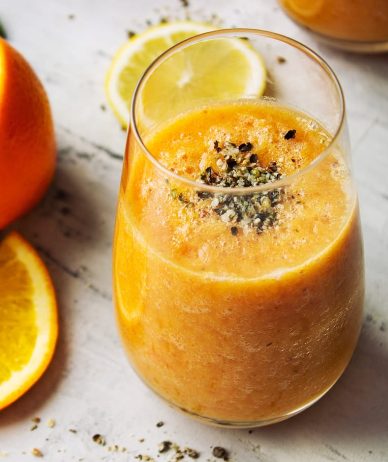 Immune Boosting Winter Citrus Smoothie with Hemp Seeds