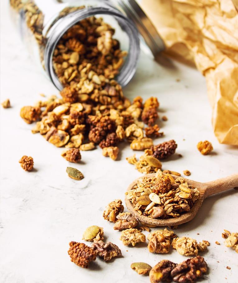 Crunchy Mulberry Granola
