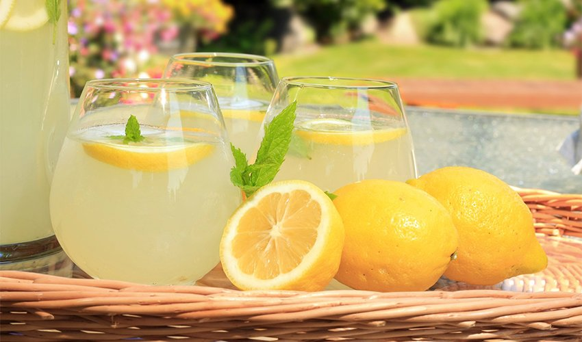 How long does homemade lemonade last