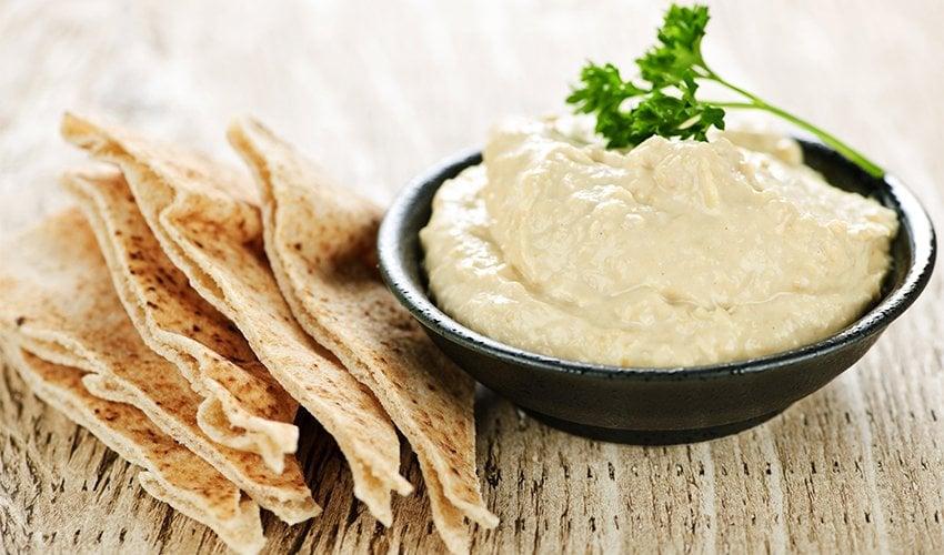 White Bean Dip and Pita Chips