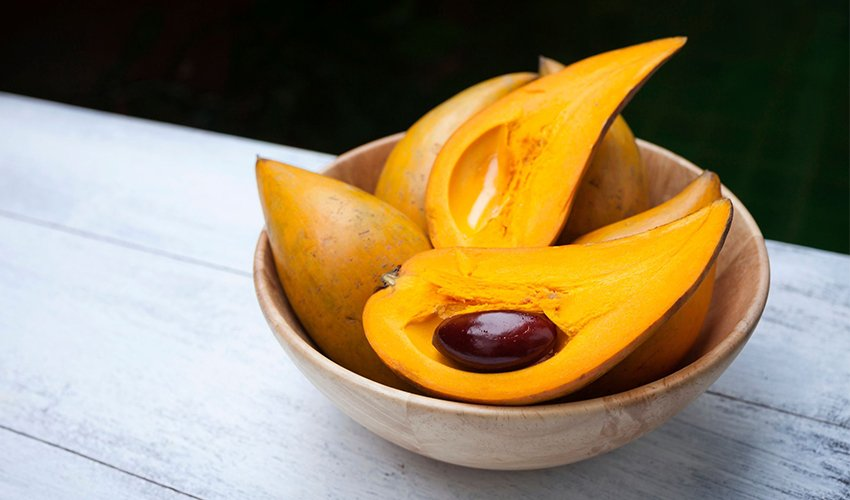 What Is Lucuma & Why You Should Love It