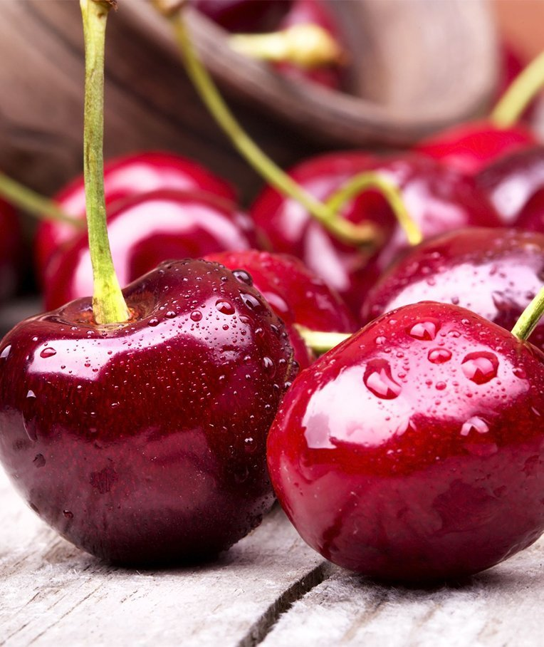 What Is the Difference Between Tart Cherries and Sweet Cherries