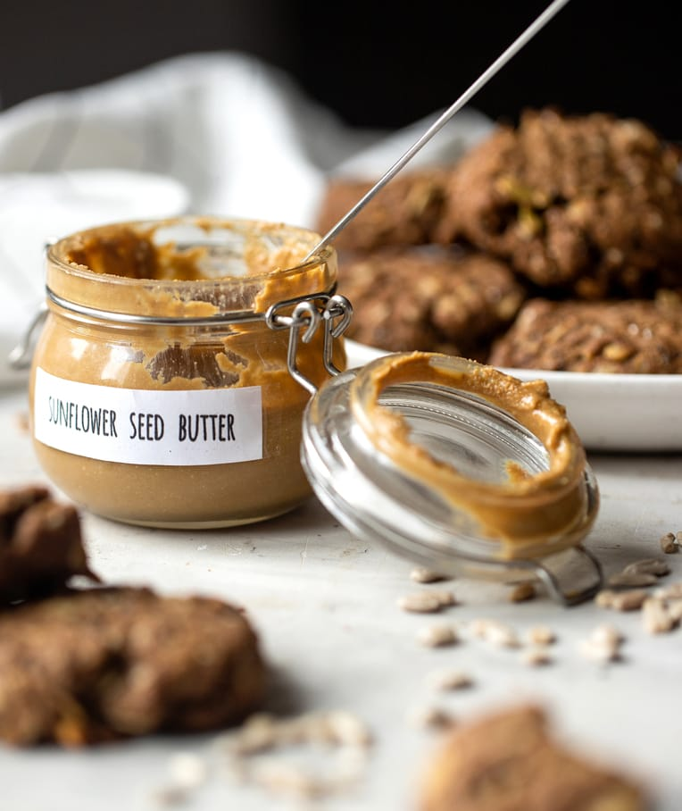 The Benefits of Sunflower Seed Butter and How to Make it at Home