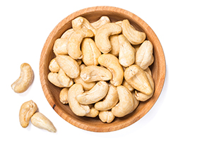 Cashews: Sweet, Delicious and Nutritious Treats