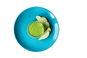 Pear And Spinach Smoothie with Acerola Powder