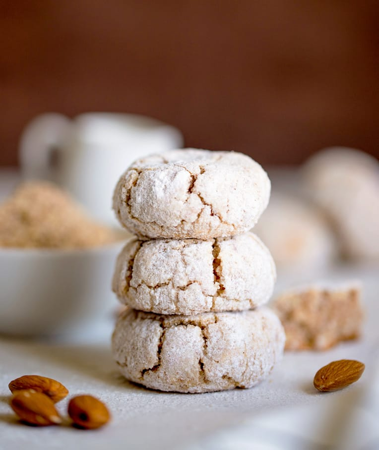 Soft & Chewy Amaretti Cookies