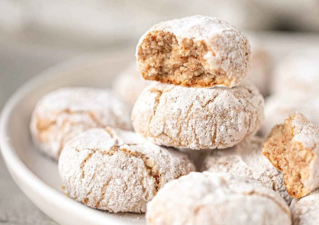 soft and chewy amaretti cookies