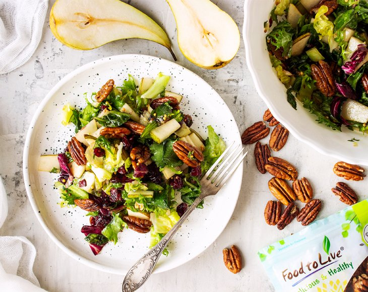 Salad with Pecans