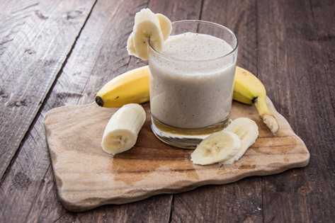 Banana Smoothie With Pine Nuts