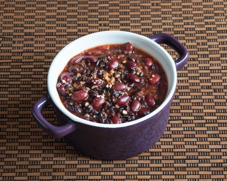 Small Red Chili Beans Dish