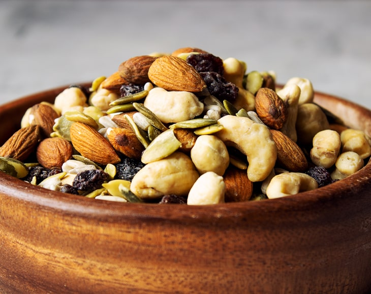 organic-raw-seeds-nuts-and-raisins-mix3-min