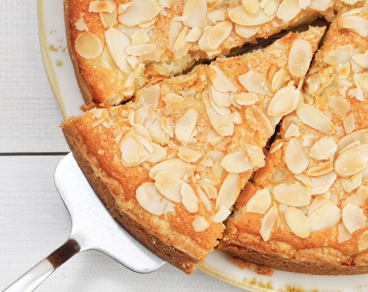 homemade-apple-pie-with-organic-blanched-sliced-almonds