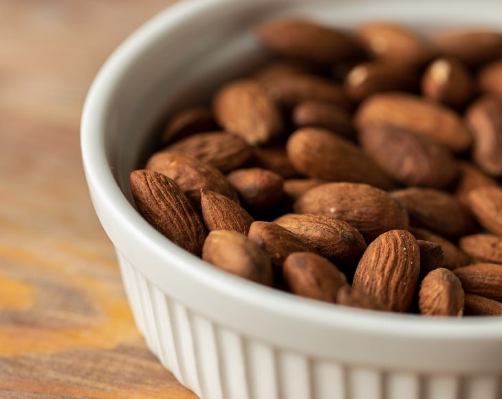 organic-roasted-natural-almonds2